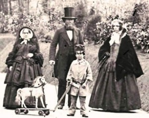 Wealthy Victorian Child and Family